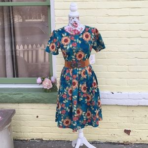 NWT Lularoe Amelia Blue w/ Red/Yellow Sunflowers